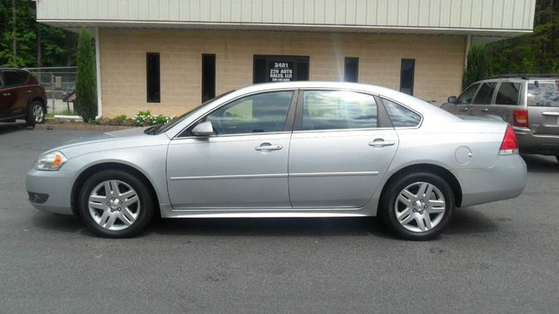 2010 Chevrolet Impala LT 4dr Sedan - Madison NC