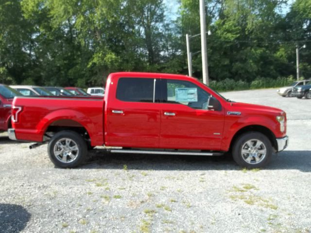 2015 Ford F-150 XLT 4x2 4dr SuperCrew 5.5 ft. SB - Ladoga IN