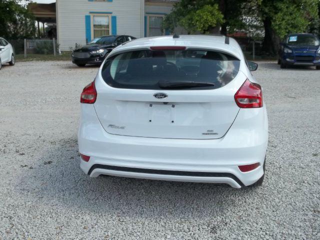 2015 Ford Focus SE 4dr Hatchback - Ladoga IN