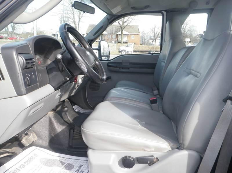 2006 Ford F-350 Super Duty XL 4WD - Ladoga IN