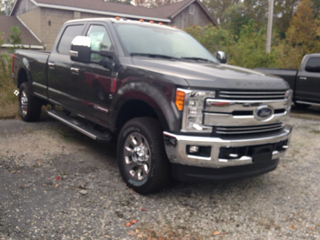 2017 Ford F-350 Super Duty 4x4 Lariat 4dr Crew Cab 8 ft. LB SRW Pickup - Ladoga IN