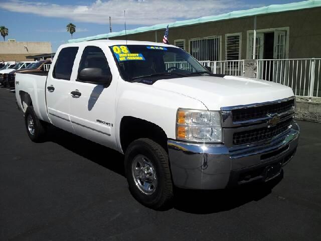 2008 CHEVROLET SILVERADO 2500 LT white clean 190960 miles VIN 1GCHK23KX8F100458