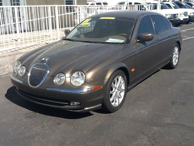 2001 JAGUAR S-TYPE 40 unspecified abs brakesair conditioningalloy wheelsamfm radioanti-brake