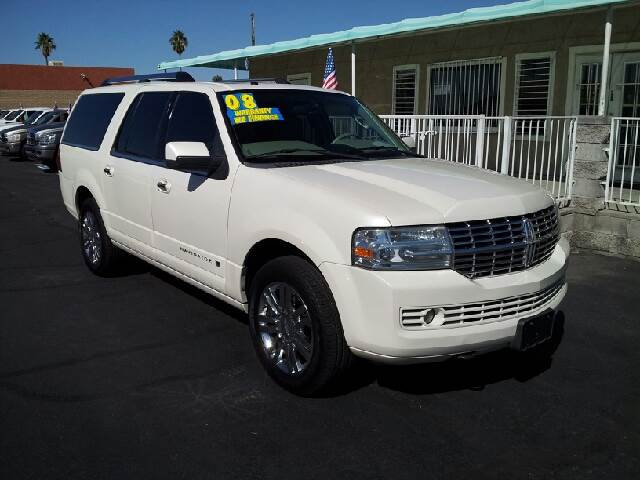 2008 LINCOLN NAVIGATOR L LIMITED EDITION pearl white clean 133469 miles VIN 5LMFL27538LJ15225