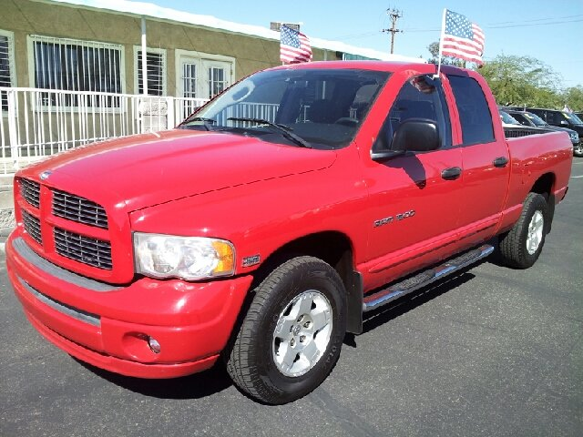 2005 DODGE RAM 1500 SLT QUAD CAB SHORT BED 4WD red clean 153000 miles VIN 1D7HU18DX5J611939