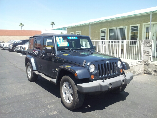 2007 JEEP WRANGLER UNLIMITED SAHARA 4X4 4DR SUV med gray mettallic clean 2-stage unlocking doors
