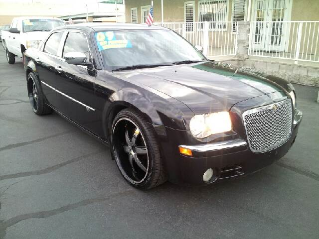 2009 CHRYSLER 300C C diamond black clean air conditioning alarm amfm radio amfm radio wcd pl