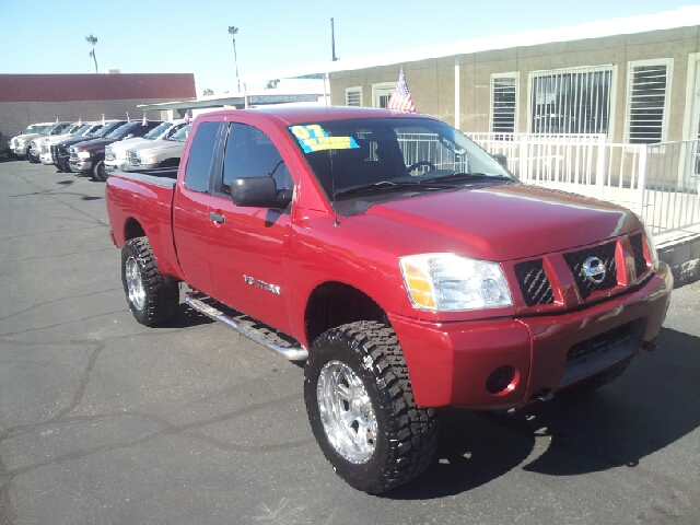 2007 NISSAN TITAN XE 4DR KING CAB SB brick red metallic clean abs - 4-wheel active head restrain