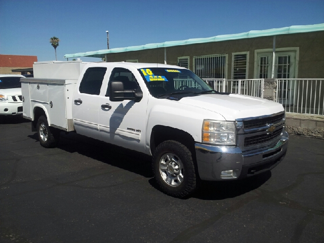 2010 CHEVROLET SILVERADO 3500HD LT 4X4 4DR CREW CAB SRW white clean 4wd type - part time abs - 4