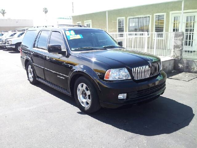2006 LINCOLN NAVIGATOR LS black cream puff 109650 miles VIN 5LMFU27596LJ11318