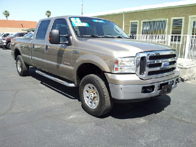 2006 FORD F-250 SUPER DUTY XLT 4DR SUPERCAB 4WD LB white clean 4wd type - part time abs - 4-whee