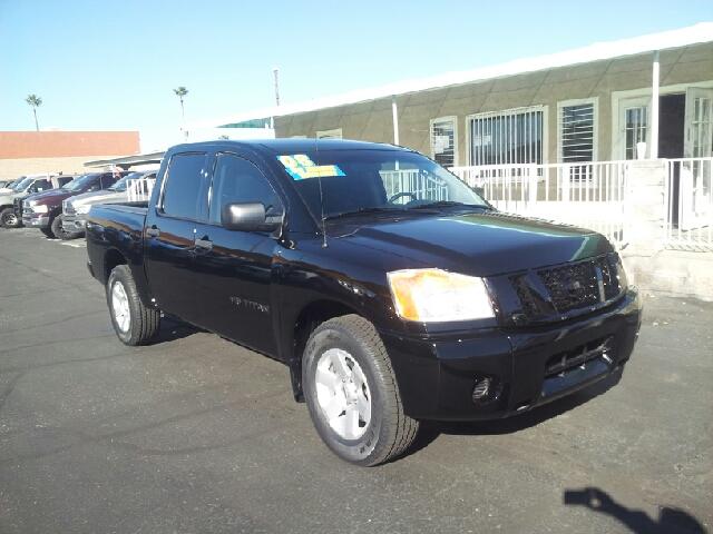 2008 NISSAN TITAN SE 4X2 4DR CREW CAB SHORT BED black clean 2-stage unlocking doors abs - 4-whee