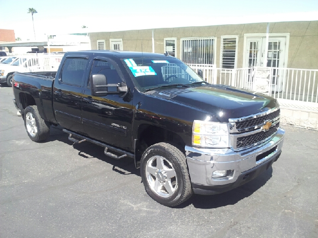 2011 CHEVROLET SILVERADO 2500HD LTZ 4X4 4DR CREW CAB SB black clean 4wd type - part time abs - 4