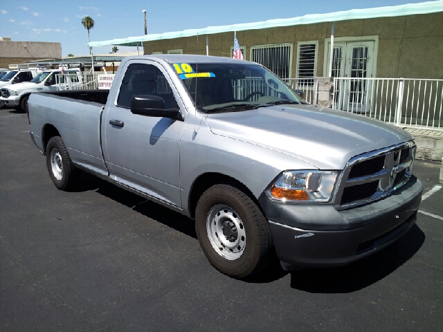 2010 RAM 1500 ST LWB 2WD medium gray metallic one nice ride 101225 miles VIN 3D7JB1EP7AG105843