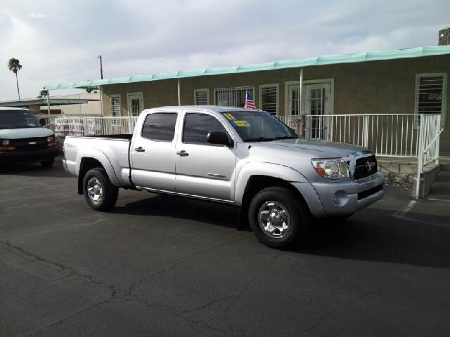 2011 TOYOTA TACOMA TRD SR5 silver cleaner then the board of health 105000 miles VIN 3TMKU4HN8