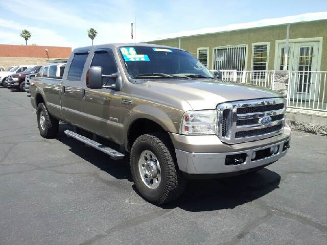 2006 FORD F-250 SUPER DUTY XLT 4DR CREW CAB 4WD LB white clean 4wd type - part time abs - 4-whee