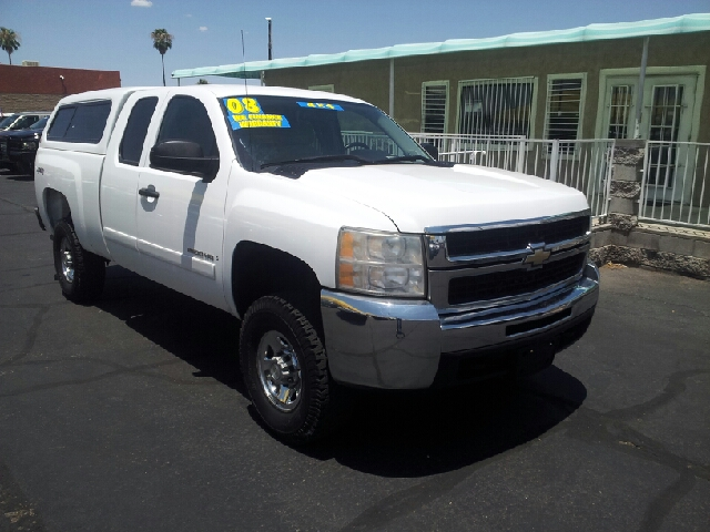 2008 CHEVROLET SILVERADO 2500HD LT1 4WD 4DR EXTENDED CAB SB white clean 4wd type - part time abs