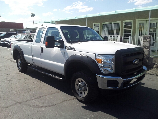 2012 FORD F-250 SUPER DUTY XL 4X4 4DR CREW CAB 68 FT SB P white clean 4wd selector - manual hi-