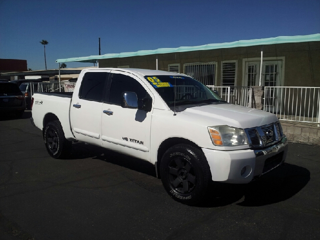 2005 NISSAN TITAN LE 4DR CREW CAB 4WD SB white clean abs - 4-wheel adjustable pedals - power an