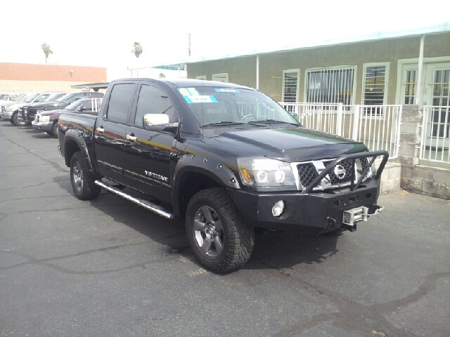 2005 NISSAN TITAN SE 4DR CREW CAB 4WD SB black clean abs - 4-wheel anti-theft system - alarm ax