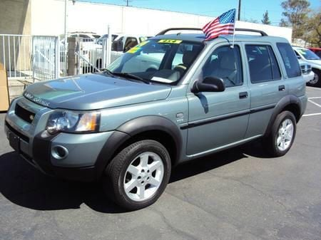 2004 LAND ROVER FREELANDER SE unspecified 4wdawdabs brakesair conditioningalloy wheelsamfm r