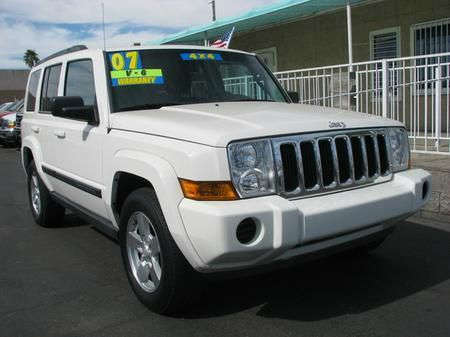 2007 JEEP COMMANDER SPORT 4WD white 4wdawdabs brakesair conditioningalloy wheelsamfm radioa