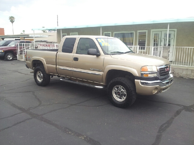 2004 GMC SIERRA 2500HD SLE 4DR EXTENDED CAB 4WD SB gold clean abs - 4-wheel anti-theft system -