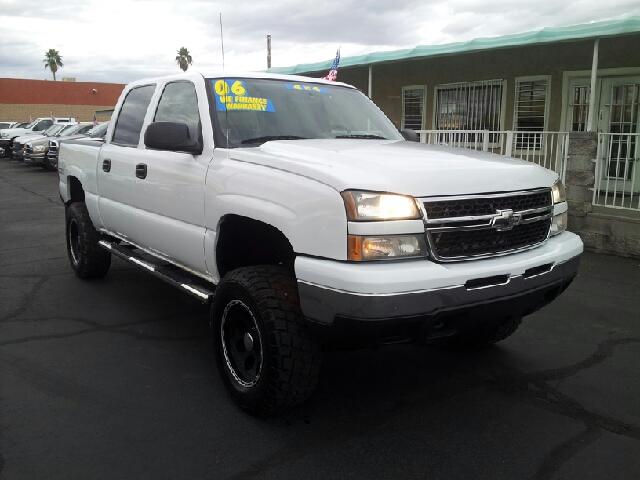 2006 CHEVROLET SILVERADO 1500 LT white clean 127367 miles VIN 2GCEK13T961128925
