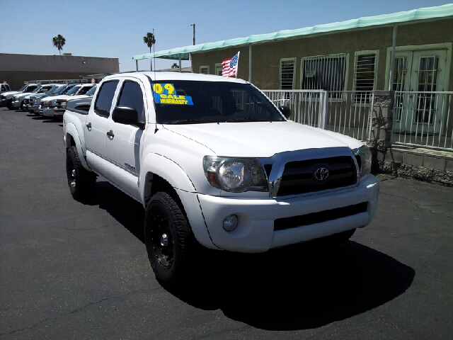 2009 TOYOTA TACOMA PRERUNNER white clean options list4 door crew cab off road package short bo