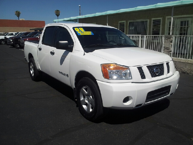 2008 NISSAN TITAN SE 4X2 4DR CREW CAB SHORT BED white clean 2-stage unlocking abs - 4-wheel air