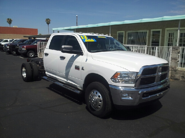 2012 RAM RAM CHASSIS 3500 SLT 4X4 4DR CREW CAB 1724 IN W white clean front airbags - dual 953