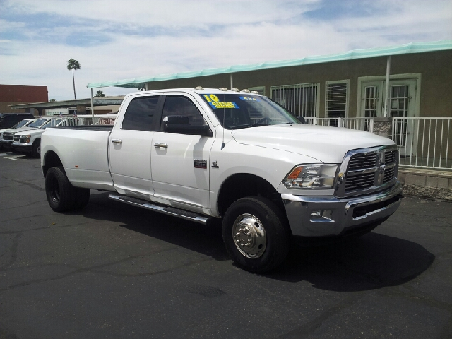 2010 DODGE RAM PICKUP 3500 SLT 4X4 4DR CREW CAB 8 FT LB DR white clean 4wd selector - electronic