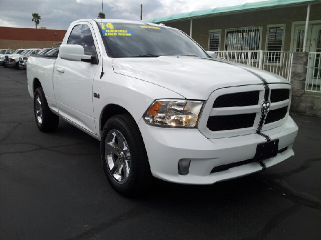 2014 DODGE RAM PICKUP 1500 EXPRESS white clean 4195 miles VIN 3C6JR6AT9EG192311