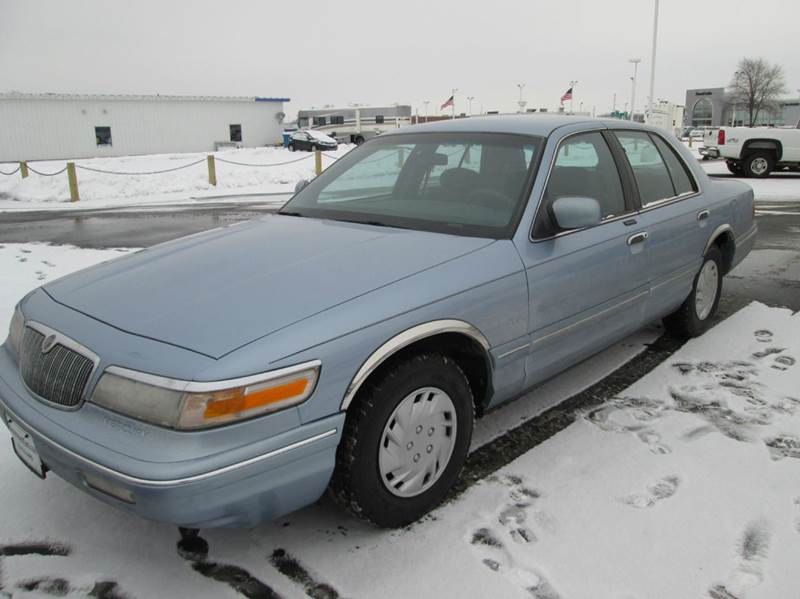 1997 mercury grand marquis gs 4dr sedan in forest lake mn xgovernmentcars. Black Bedroom Furniture Sets. Home Design Ideas
