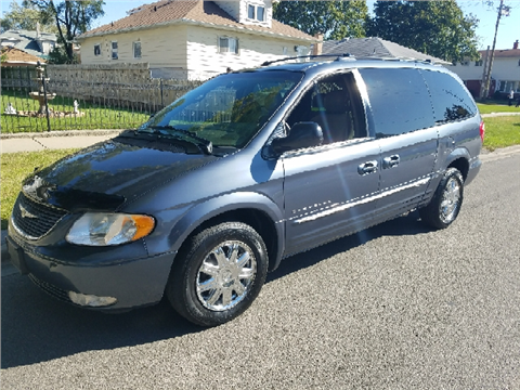 2001 Chrysler Town and Country for sale in Melrose Park, IL