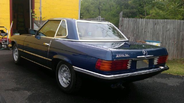 1983 Mercedes-Benz 280SL  - Chester VA