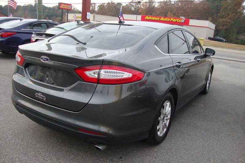 2015 Ford Fusion S 4dr Sedan - Chester VA