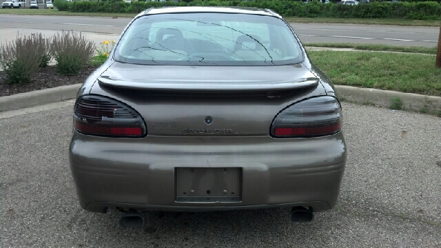 2000 Pontiac Grand Prix GT 4dr Sedan - Allendale MI