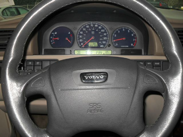 1999 Volvo V70 R All Wheel Drive  - Portland OR