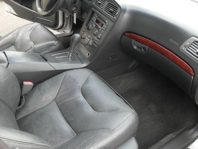2001 Volvo S60 2.4T 4dr Sedan - Portland OR
