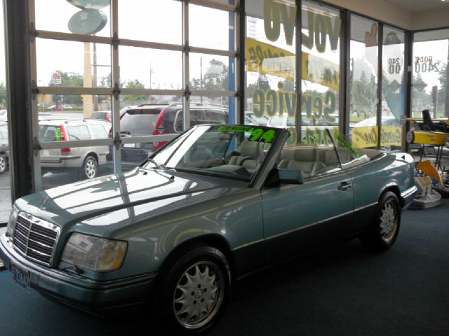 2001 Volvo S80 T6 4dr Sedan - Portland OR