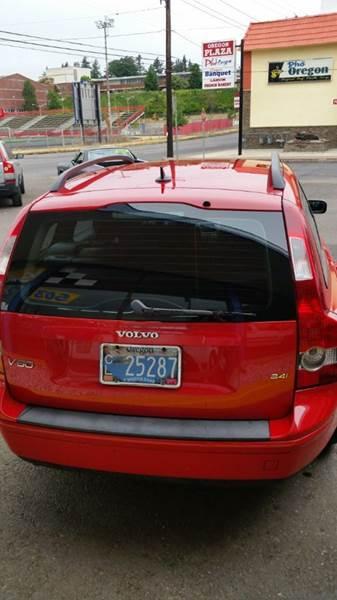 2005 Volvo V50 2.4i 4dr Sport Wagon - Portland OR