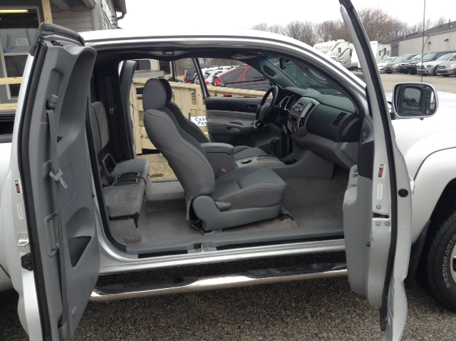 2006 Toyota Tacoma V6 4dr Access Cab 4WD SB (4L V6 5A) - Greenwood IN