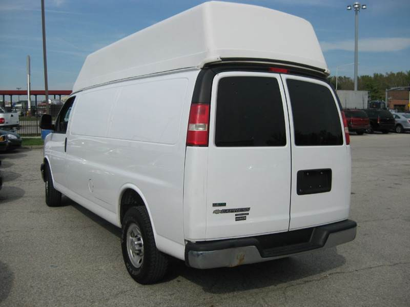 2011 chevrolet express cargo 2500 3dr extended cargo van w 1wt in kansas city mo government. Black Bedroom Furniture Sets. Home Design Ideas