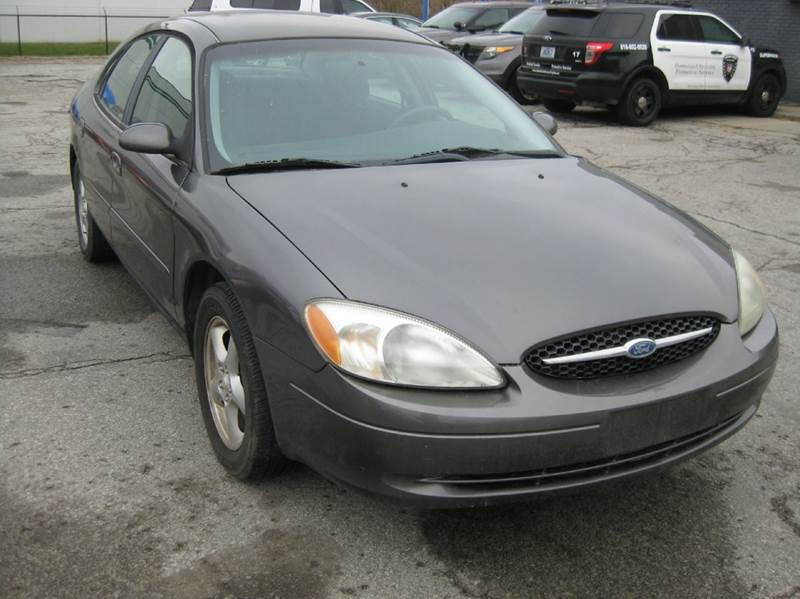 2002 ford taurus se 4dr sedan in kansas city mo. Black Bedroom Furniture Sets. Home Design Ideas