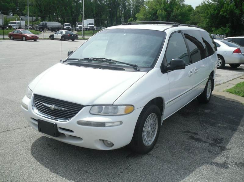 1998 chrysler town and country lx 4dr extended mini van buy here payhere in kansas city mo. Black Bedroom Furniture Sets. Home Design Ideas