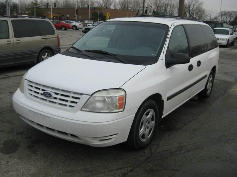 2004 ford freestar se 4dr mini van in kansas city mo. Black Bedroom Furniture Sets. Home Design Ideas