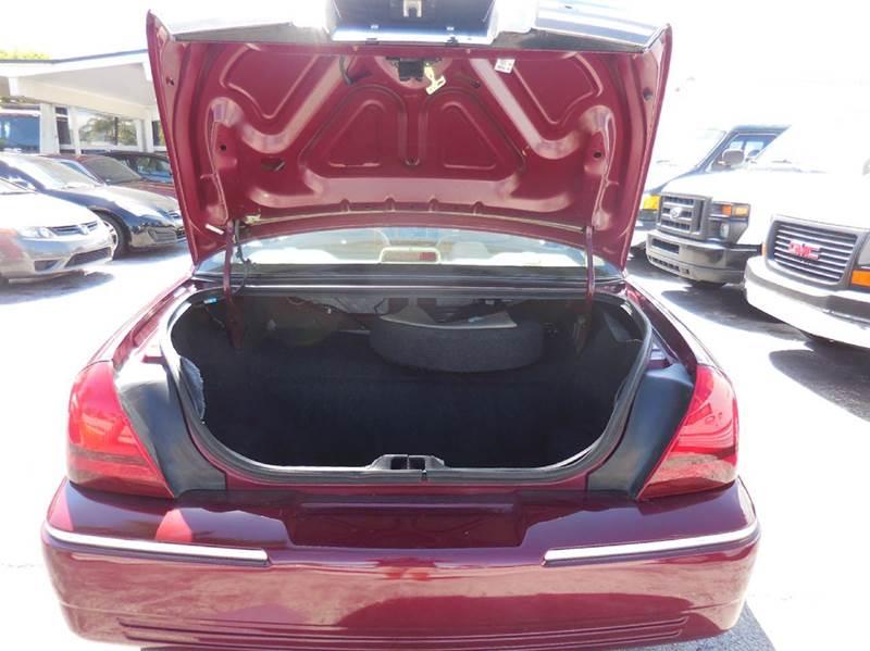 2009 Mercury Grand Marquis LS Sedan Luxury 4dr - Delray Beach FL