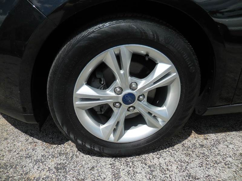 2014 Ford Focus SE 4dr Hatchback - Delray Beach FL