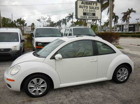 2010 Volkswagen New Beetle for sale in Delray Beach, FL